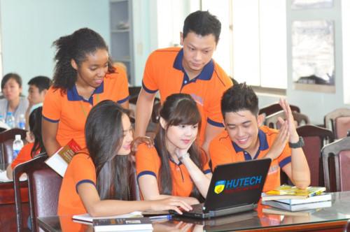 Trường Đại Học Công Nghệ Tp HCM – HUTECH